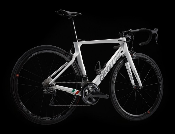 Cipollini-Bond2-total-white-pearl-anthracite-shiny