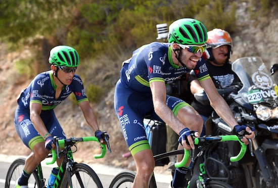 Damien Hoson paces Esteban Chaves on stage 20 of the 2016 Vuelta a España