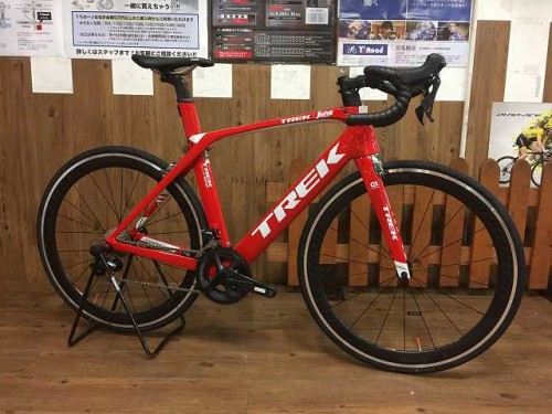2016 MADONE SL6 RED (1)